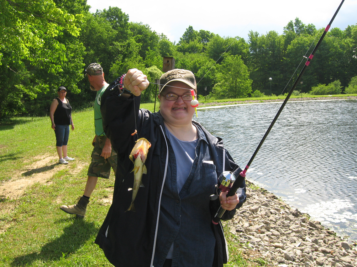 Lake milton fish and game club fishing derby photo album for Lake fishing games